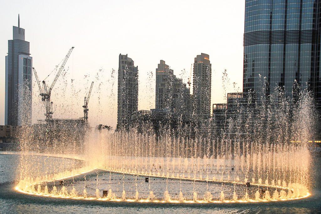 Dubajaus sokantys fontanai