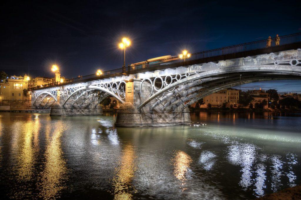 Izabelos II tiltas