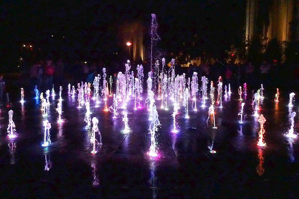 Šokantys fontanai