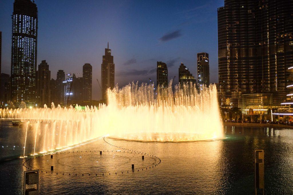 Dubajaus šokantys fontanai