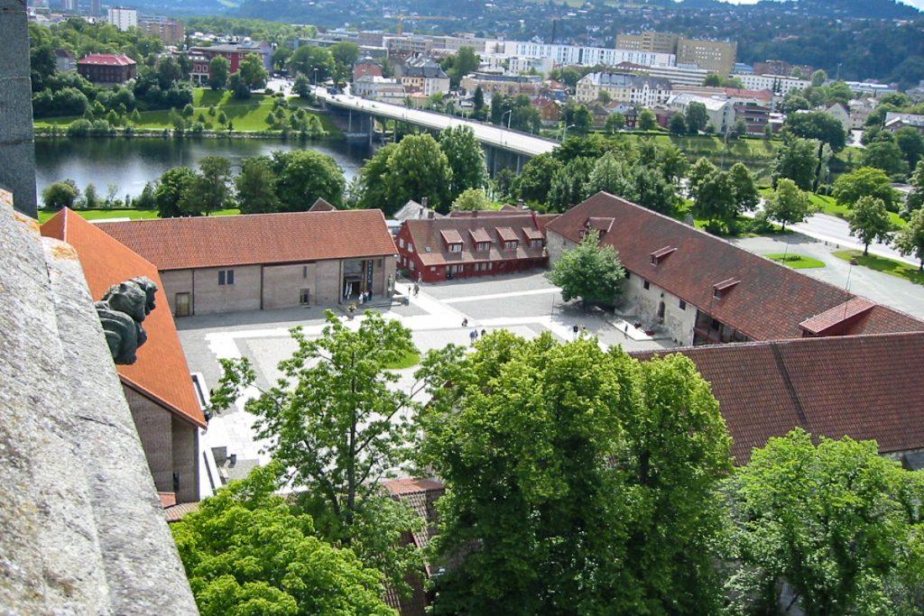 Arkivyskupo rūmai ir muziejus
