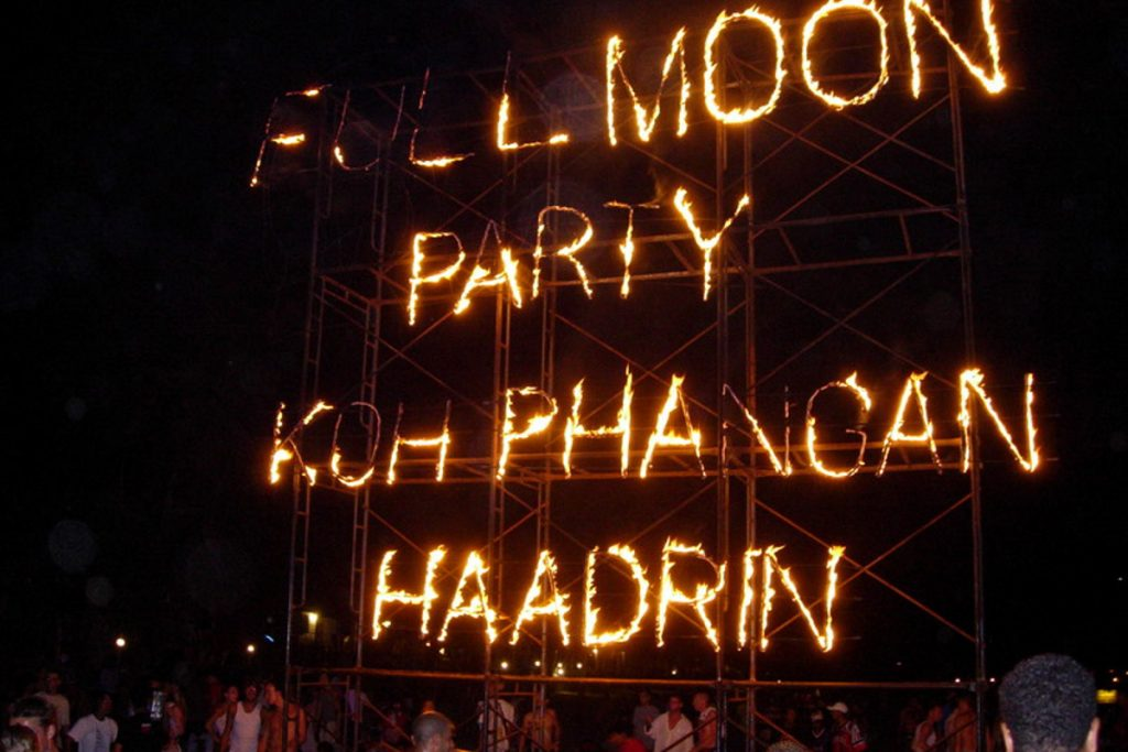 Full Moon Party vakarėliai