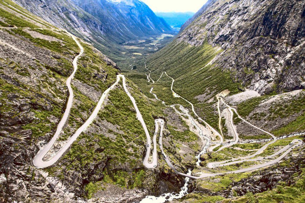Trolių laiptai (Trollstigen)