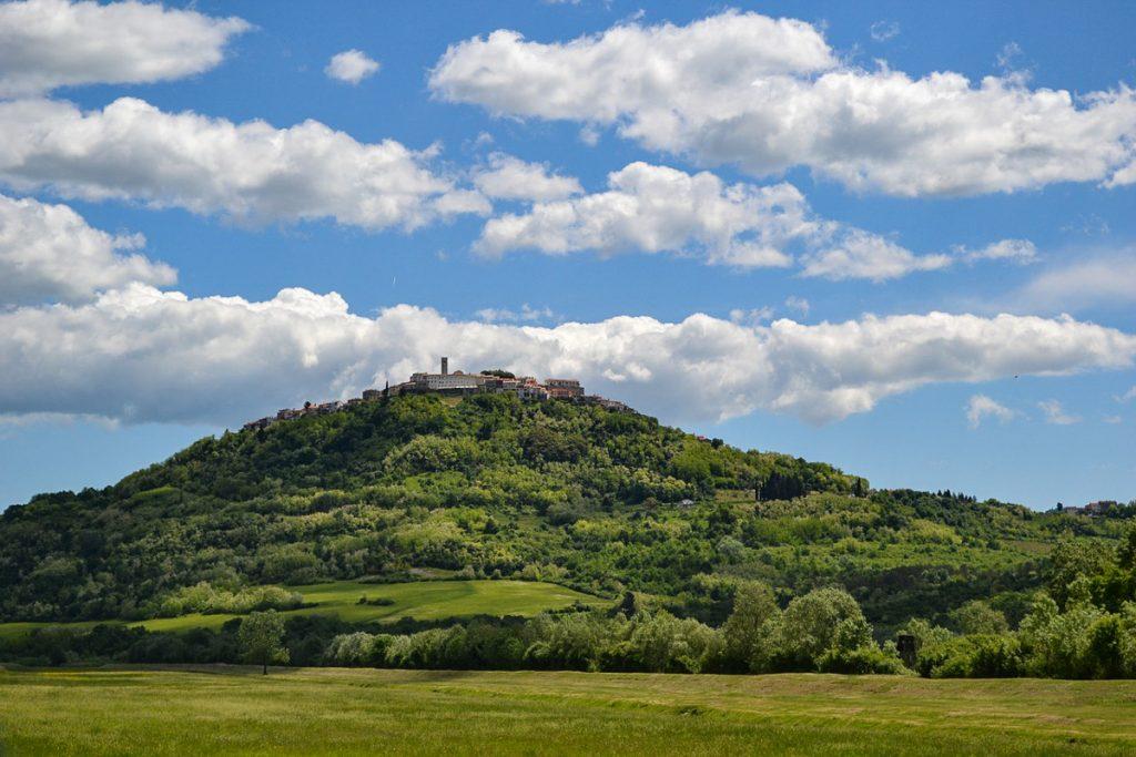 Motovuno kaimas