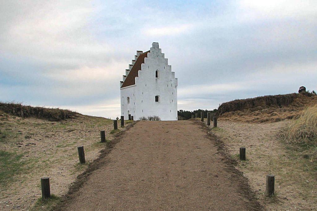 Senoji Skageno bažnyčia