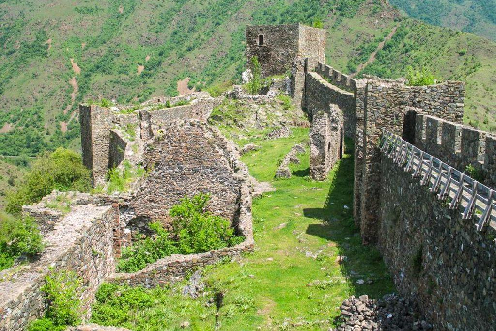 Magličo tvirtovė