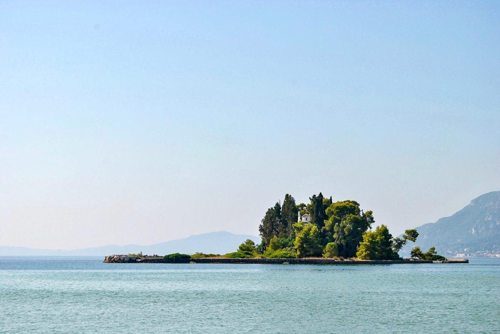 Pontikonisi (Pelių sala)