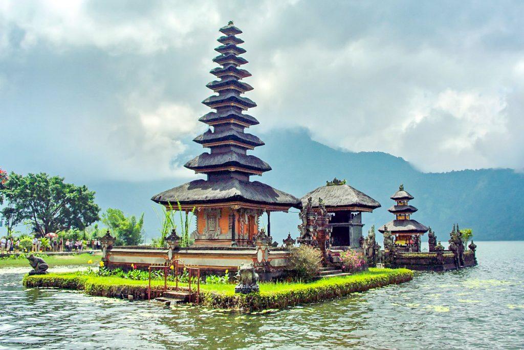 Ulun Danu šventykla