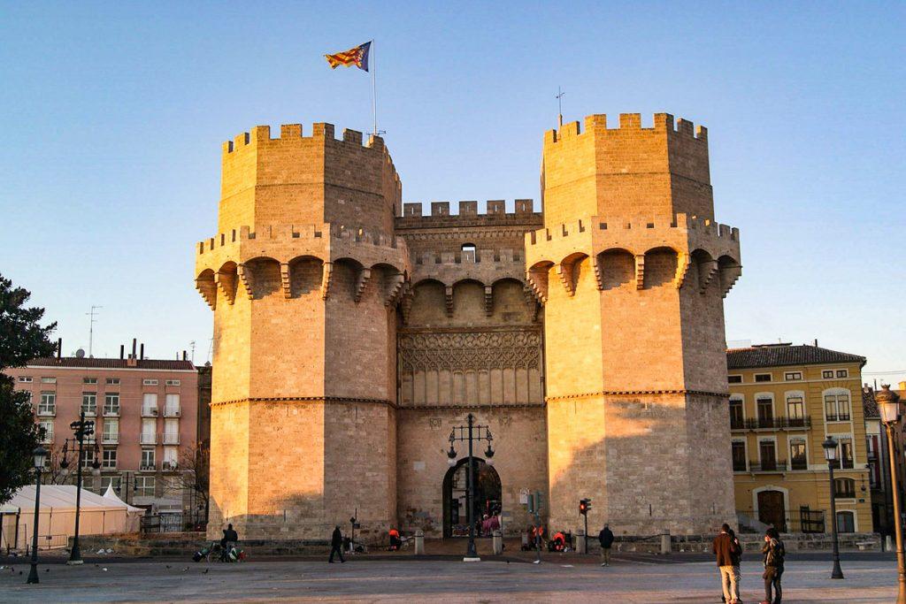 Torres de Serranos vartai