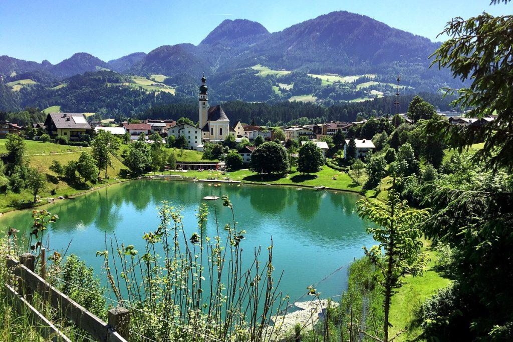 Alpbachas