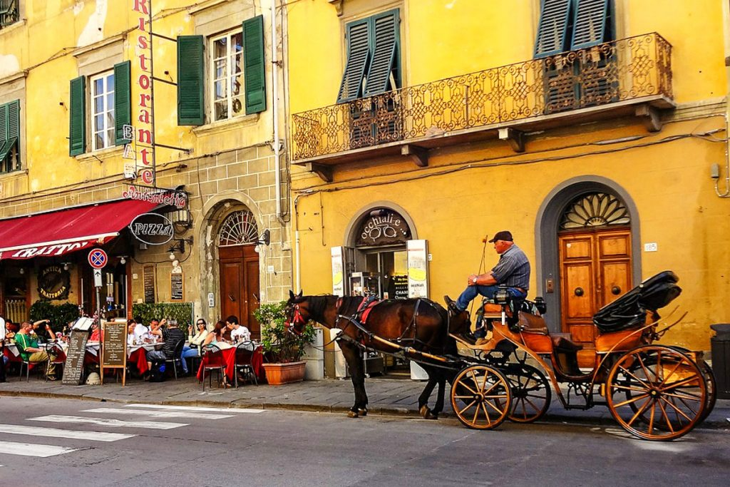 Borgo Stretto gatvė