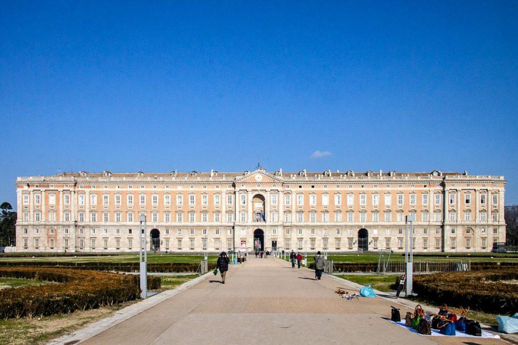 Karališkieji Neapolio rūmai
