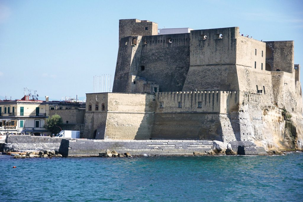 Castel dell'Ovo tvirtovė