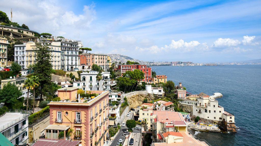 Pigūs skrydžiai iš Kauno į Neapolį