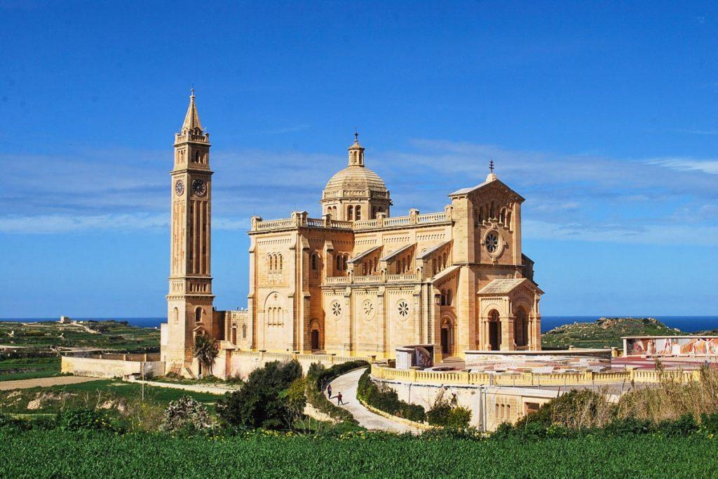 Ta Pinu bazilika