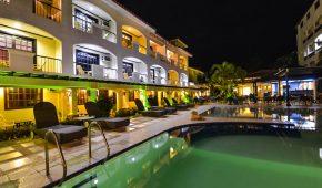Borakajus viešbutis baseinas