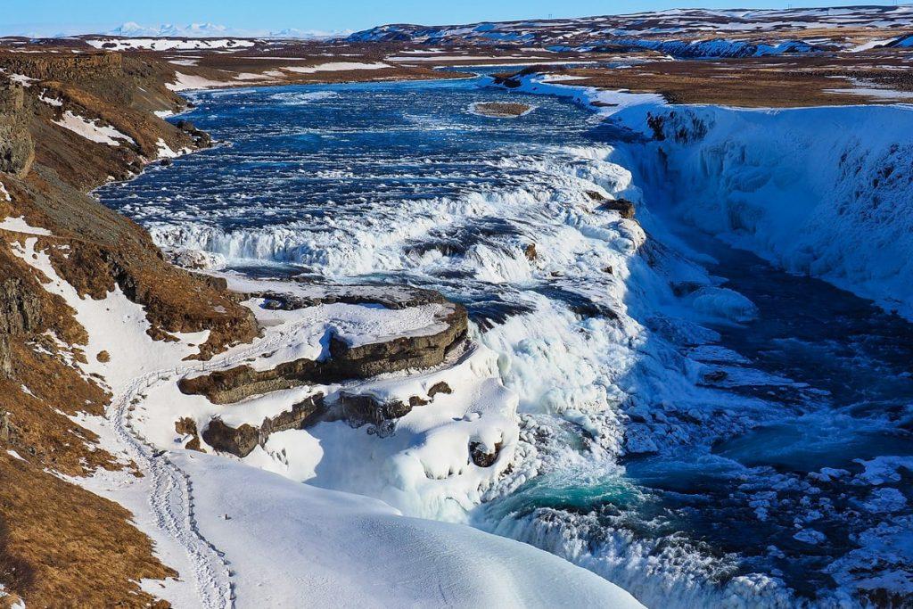 vykstant į Islandiją žiemą